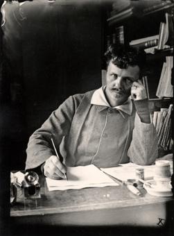 August Strindberg vid pennan!