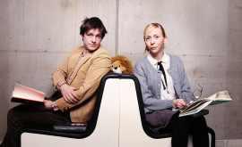 Jonas och Jenny, psykologer läser böcker